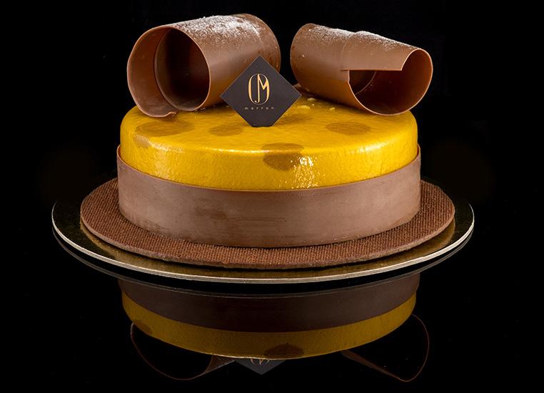 Marron Chocolate with citrus cakes