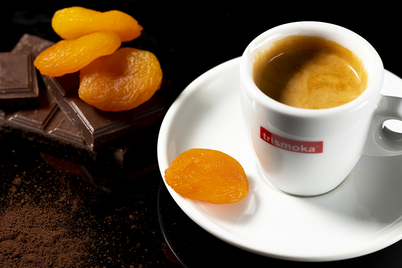 Viceversa Cup of Coffee with chocolate and dried fruits